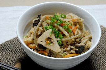発芽玄米根菜炊き込みご飯