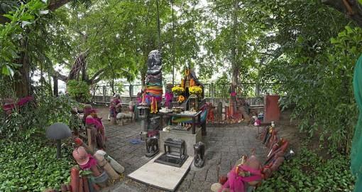 chao-mae-tuptim-shrine